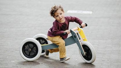 Kinder auf Rädern - Wishbone Bike grau